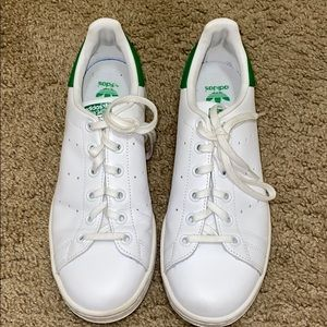 White and green Stan Smith Adidas sneakers!
